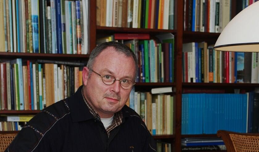 <p>Schrijver Bennie te Vaarwerk, die met een legaat de instellling van de Willem Sluiterprijs mogelijk heeft gemaakt. Foto: Anton Schepers</p>