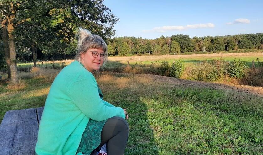 Nicole Rouwmaat bij haar favoriete natuurgebied in Oost Gelre: het Vragender Veen. Foto: Kyra Broshuis