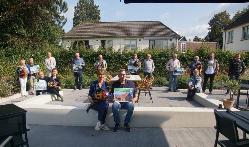 Alle genomineerden op het terras van De Heerlyckheid. Foto: Frank Vinkenvleugel