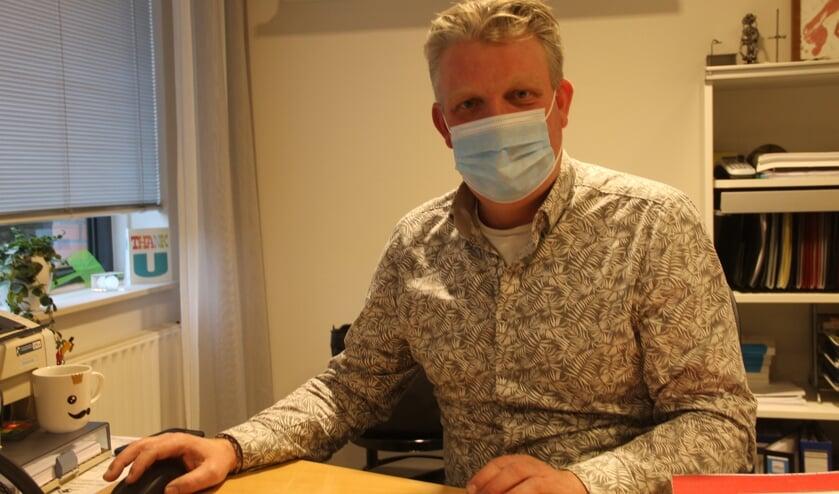 <p>Huisarts Henk Jan Besselink: &quot;Ik heb er alle vertrouwen in dat de vaccinatie tegen Covid-19 goed verloopt&quot;. Foto: Lineke Voltman</p>