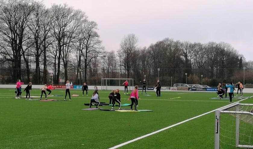 <p>Turnsters werken aan conditie, kracht en lenigheid. Foto: PR Penta Winterswijk</p>