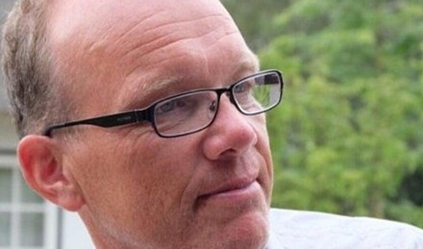 <p>Paul Wallerbos stopte bij OOG en gaat verder als de eenmansfractie OLW in de gemeenteraad van Oost Gelre. Foto: PR</p>
