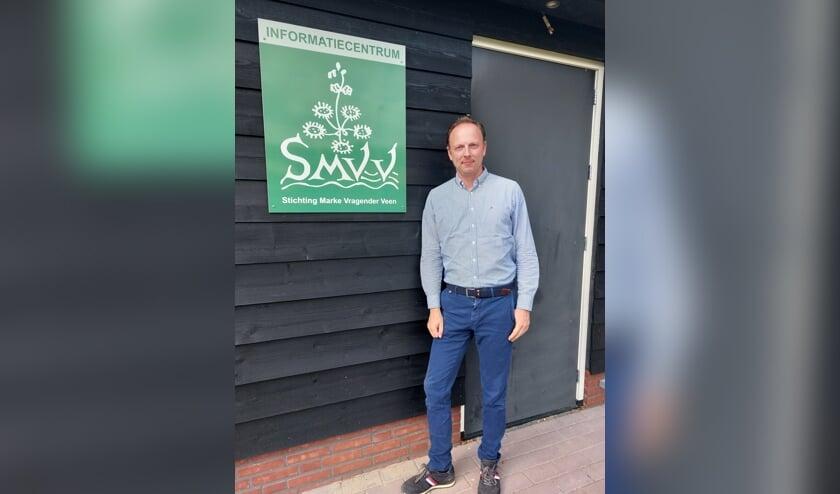 <p>Jeroen Helmers bij het informatiecentrum van de SMVV. Foto: SMVV.&nbsp;</p>