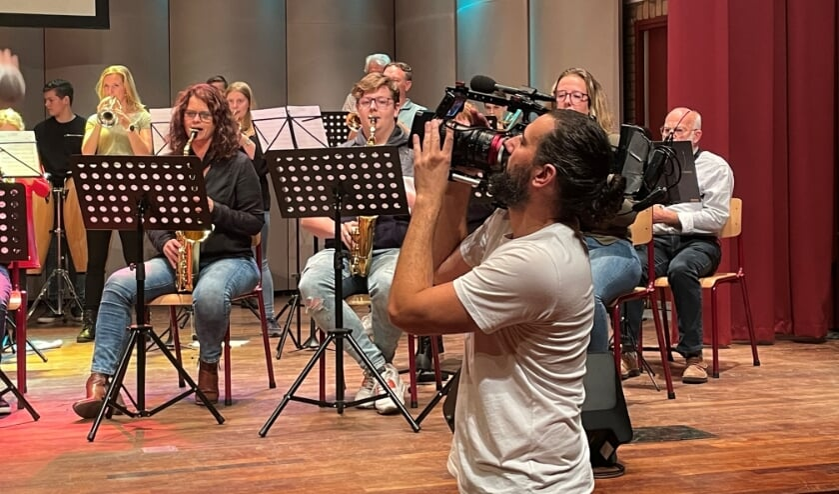 <p>RTL maakte opnames voor het programma Onderweg in de Regio. Foto: Verona Westera</p>