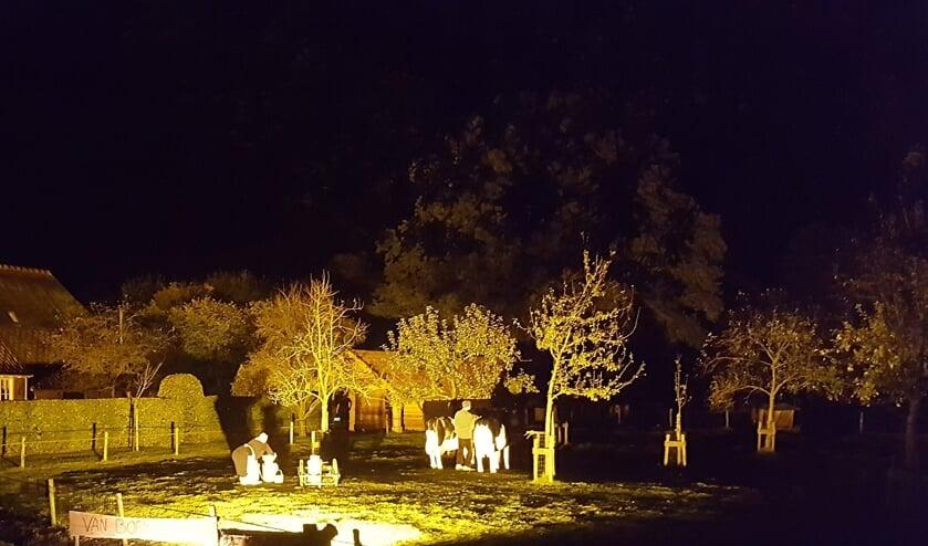<p>Boerderij De Ribbert van de familie Buunk aan de Kaaldijk zal komend weekeinde evenals in 2017 weer sfeervol met de nodige decoraties uitgelicht zijn tijdens &#39;Broek en Bruil verlicht&#39;.. Foto: PR.&nbsp;</p>