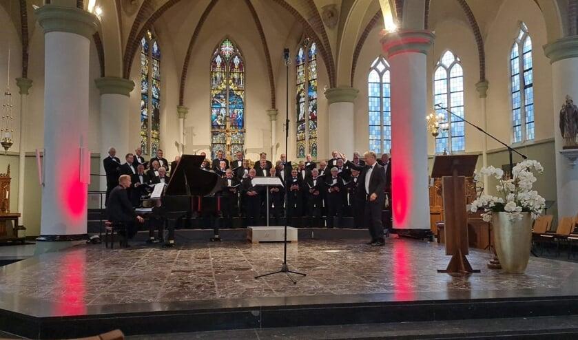 <p>Con Spirito in de St. Martinuskerk in Gaanderen. Foto: Marina Banduka</p>