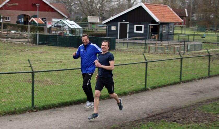 Emiel Vaags en Michiel Stronks (blauwe jack). Foto: Lydia ter Welle