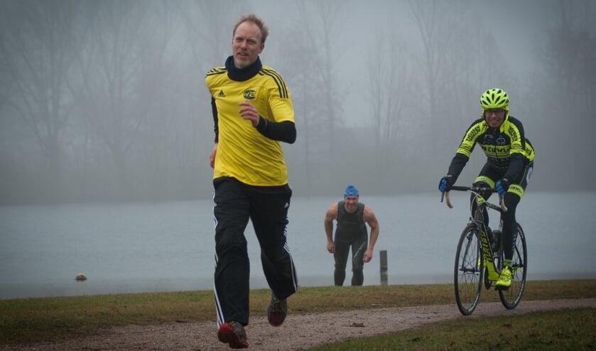 Triathlon is een ideale individuele buitensport