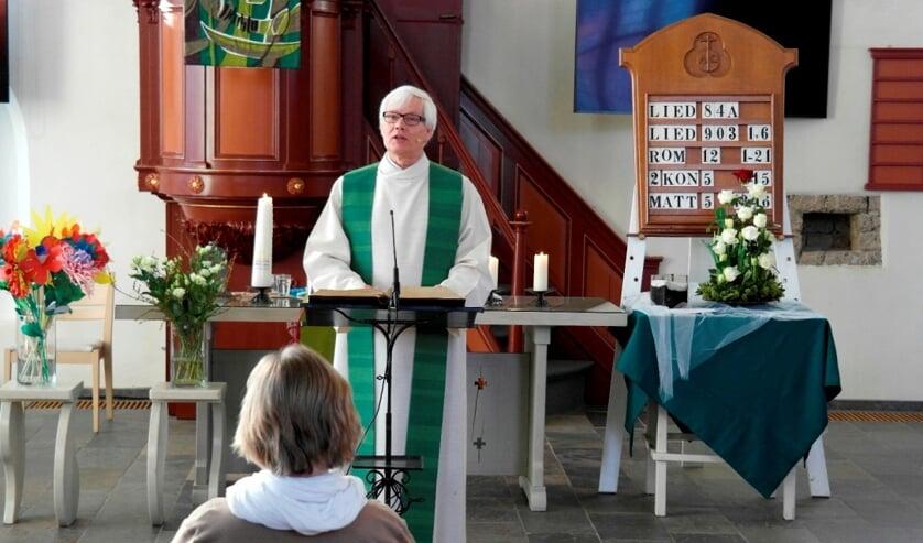 <p>Op het moment dat er weer veel mensen in de kerk aanwezig mogen zijn zal een speciale dienst gehouden worden waarin iedereen afscheid van ds. Brandenburg kan nemen. Foto: PR </p>
