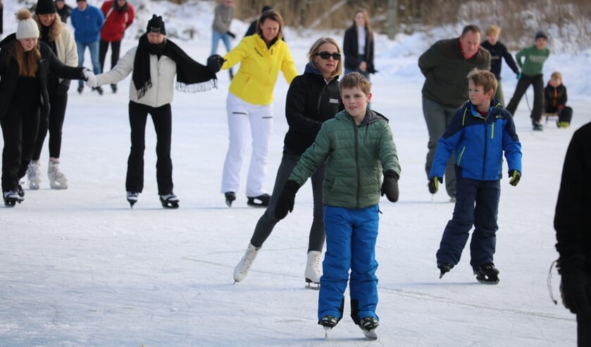 <p>Gezellig schaatsen in blokken van anderhalve uur en op afstand. Foto: Arjen Dieperink</p>