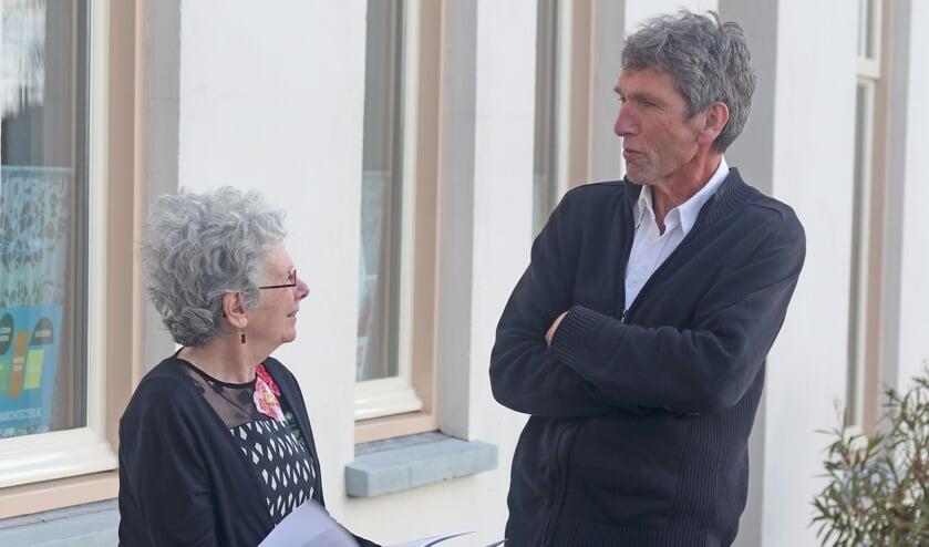 Manja Pach en Peter Kooij in gesprek over het nieuwe boek. Foto: Sander Grootendorst