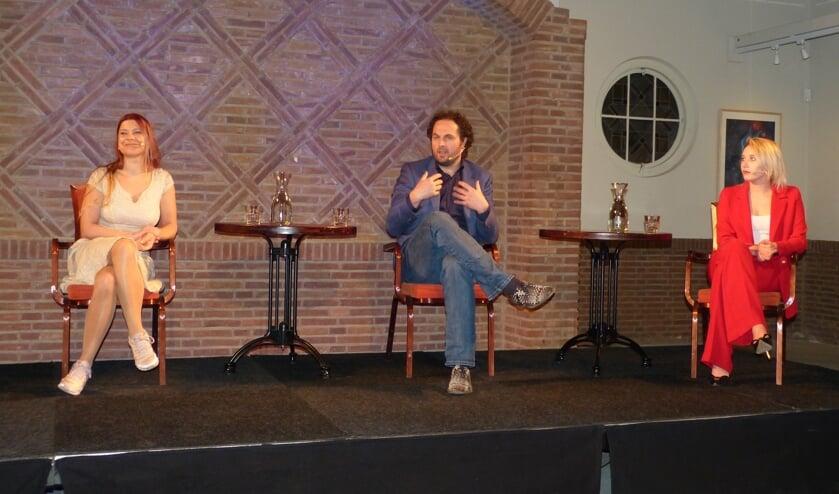 Lisa Westerveld, Erik Haverkort en Loes ten Dolle in debat. Foto: Bernhard Harfsterkamp