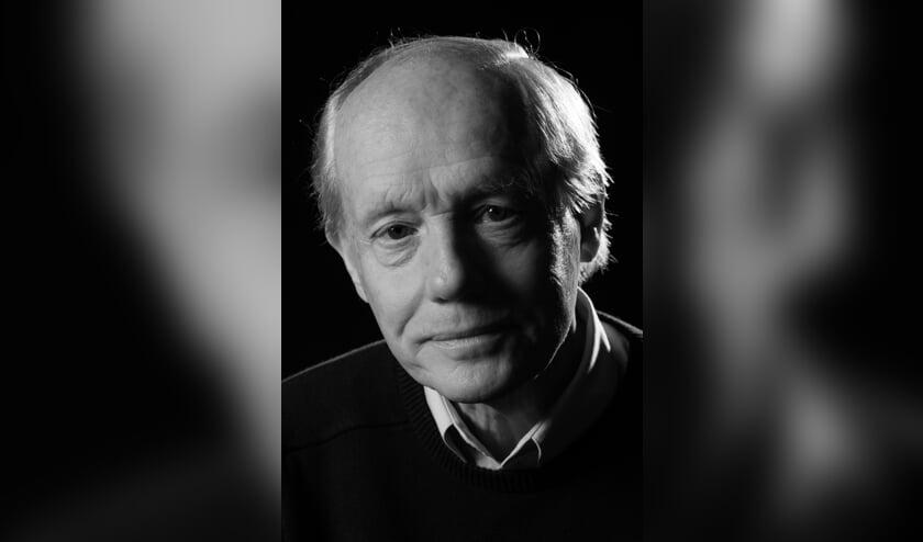 <p>Ds. Hans Bouma heeft een reputatie als verhalenverteller. In de Dorpskerk laat hij Judas aan het woord. Foto: Stefanfotografie</p>