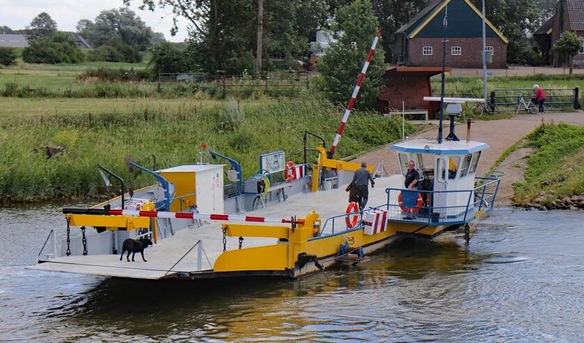 <p>De veerpont bij Bronkhorst. Foto: Sander Grootendorst</p>