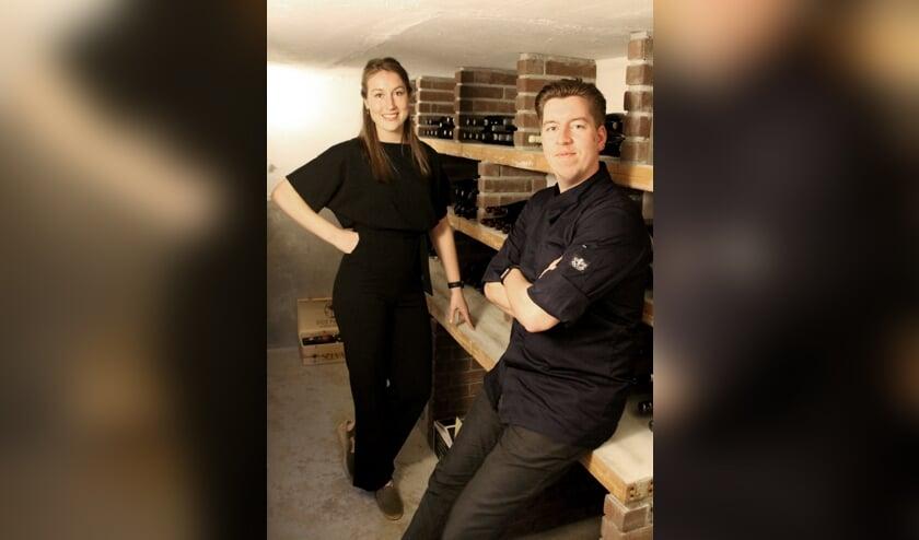 Manon van Lent en Jan Peree in de wijnkelder van hun restaurant Kruidt. Foto: Annekée Cuppers