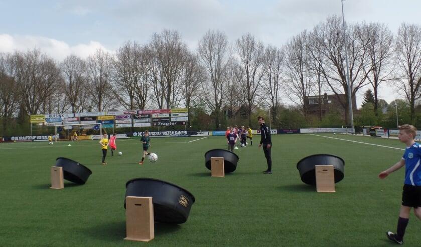 <p>Op een speelse manier namen de kinderen deel aan de verschillende onderdelen van de Skill Games. Foto: Jan Hendriksen&nbsp;</p>