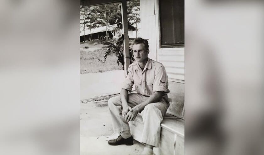 <p>Antoon te Brake tijdens zijn dienst in Nieuw Guinea. Eigen foto</p>
