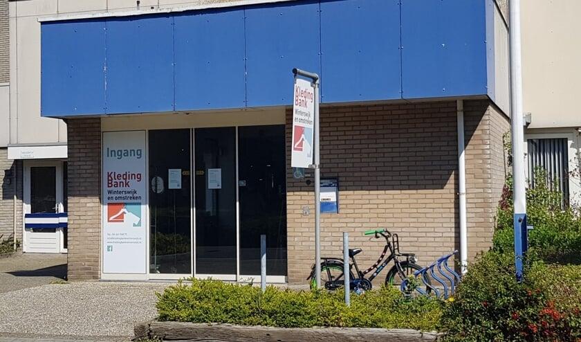 <p>Het pand van de Kledingbank aan het Handelscentrum 12 in Winterswijk. Foto: PR Kledingbank Winterswijk</p>