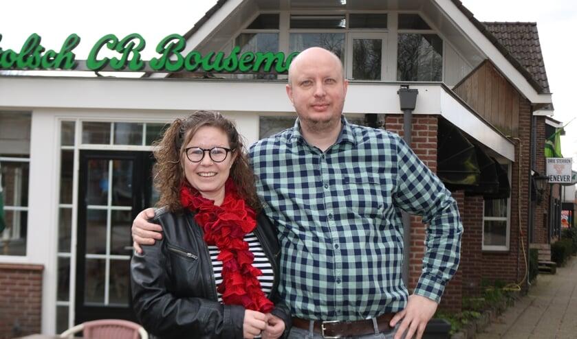 <p>Renate en Peter Karssenberg zijn trots op hun bedrijf dat 75 jaar bestaat. Foto: Arjen Dieperink</p>