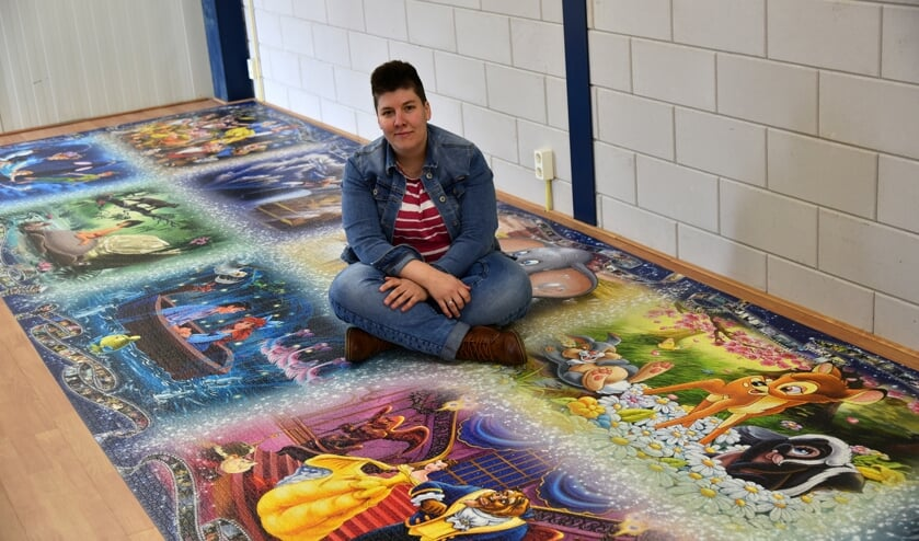 Nina van de Weer maakt het liefst de grootste puzzels van de wereld. Foto: Arno Wolsink