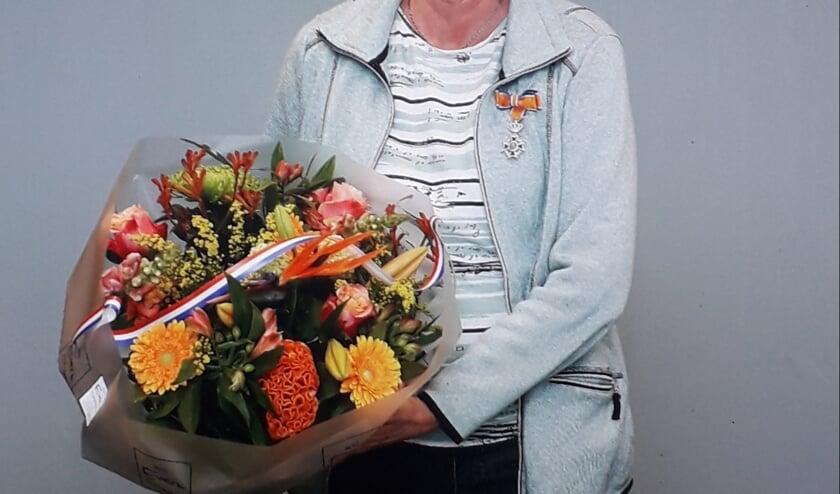 <p>Pokkershutte-beheerder Lies Ankersmit-Jansen ontving een Koninklijke Onderscheiding. Foto: PR</p>