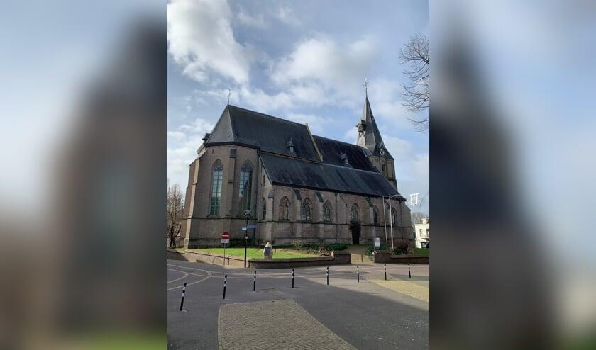 <p>De Oude Helenakerk op de Markt in Aalten. Foto: PR</p>