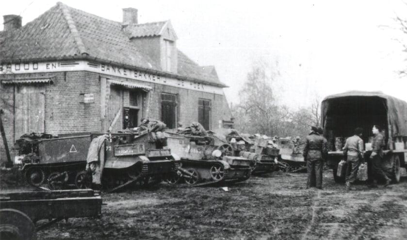 <p>Canadezen bij De Hoek in Gorssel op 6 april 1945. Foto: PR</p>