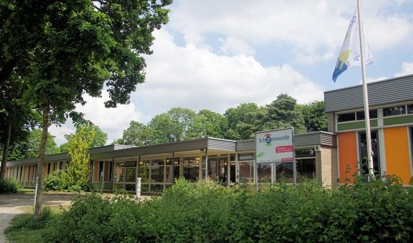 <p>De locatie in Dinxperlo is &eacute;&eacute;n van de VO-scholen van Schaersvoorde die zullen verdwijnen. Foto: Frank Vinkenvleugel</p>