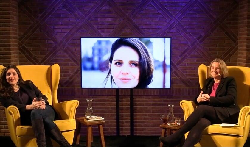 <p>Livestream Koppelkerk met Ronit Palache Gerda Brehouwer (r). Foto: Archief Koppelkerk</p>