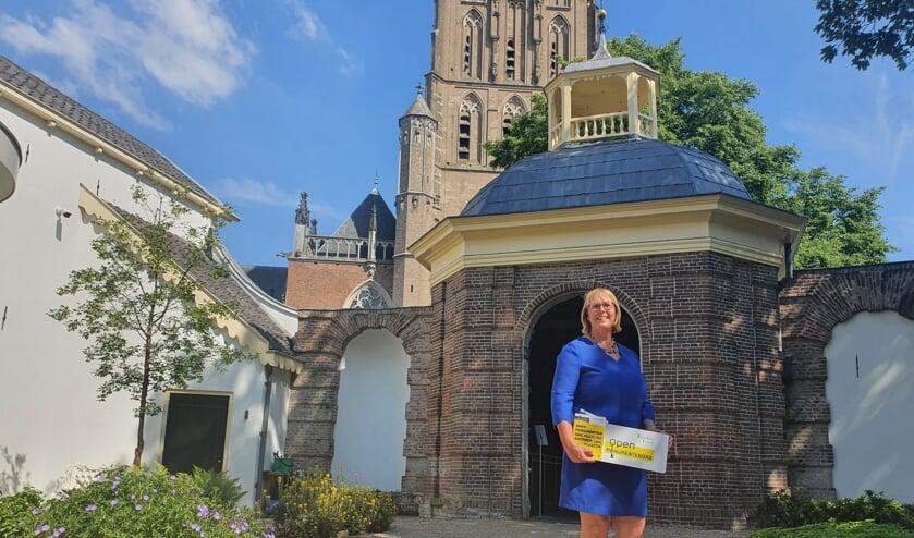 Voorzitter Ineke Hissink: 'Blij dat we dit jaar tijdens Open Monumentendag Zutphen weer in zijn volle glorie kunnen delen'. Foto: PR