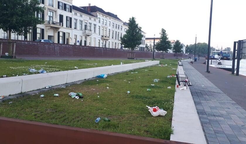 <p>De IJsselkade donderdag eind van de dag. Foto: gemeente Zutphen </p>