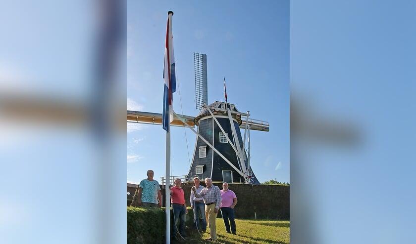 Van link naar rechts: Jos Roerdink, Henk te Kulve, Gerrit Vervelde, Hans Donderwinkel, Ries de Jong. Koen Kwak ontbreekt. Foto: Wim te Selle