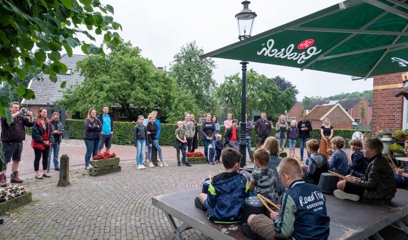 Eindejaarsoptreden G.A. van der Lugtschool in Gelselaar. Foto: Daan Bomhof