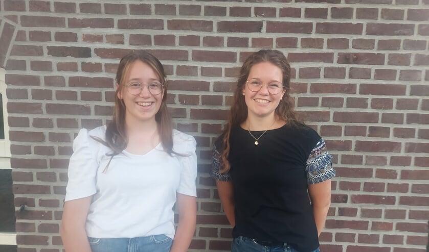 <p>Paula van der Velden en Jessica Klein Nulent. Foto: Anouk Scholten</p>
