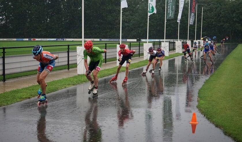 Masters in actie in de stromende regen. Foto: PR