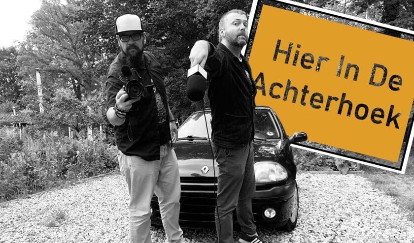<p>Cameraman Daafit en Matthijs interviewen mensen over wat zij vinden van de Achterhoek. Foto: PR</p>