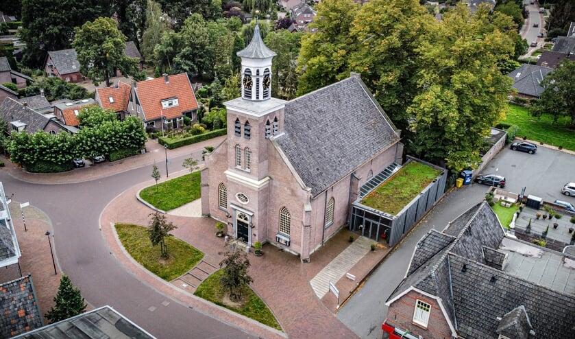<p>De Hummelose kerk is gebouwd in 1838/1839. Foto: Lynn Overbeek Hummelo</p>