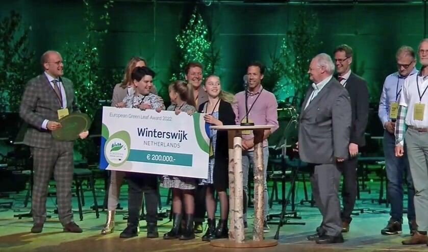 <p>De gelukkige prijswinnaars in Lahti. Foto: Communicatie gemeente Winterswijk</p>