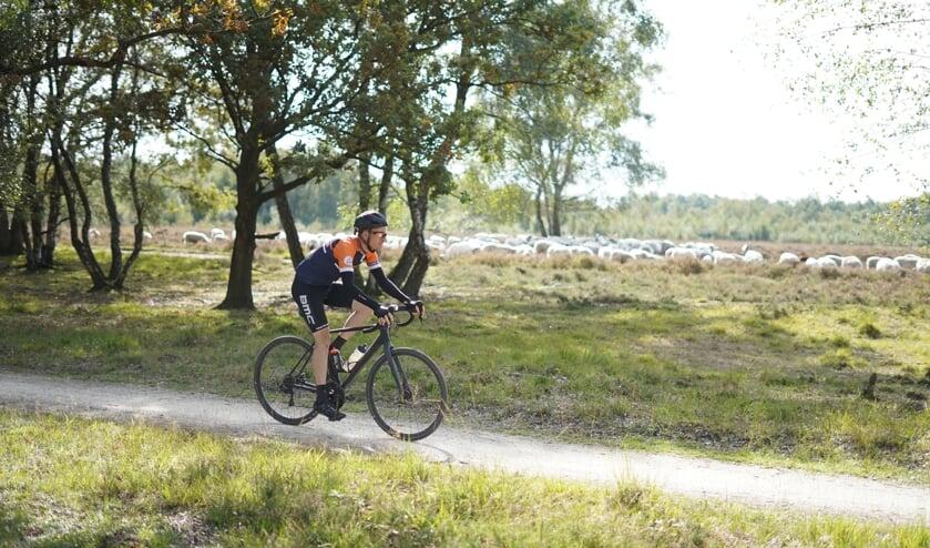 KCC EUregio Gravelride is een toertocht voor wielrenners en mountainbikers door Twente, Duitsland en de Achterhoek. Foto: Tess Kleinsman