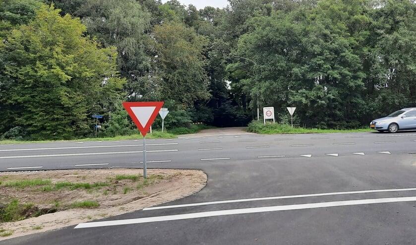 <p>Rijkswaterstaat wil de oversteek van de N18 bij de Grolsedijk afsluiten. In Lievelde wordt druk gediscussieerd over mogelijke alternatieven. Foto: Kyra Broshuis</p>