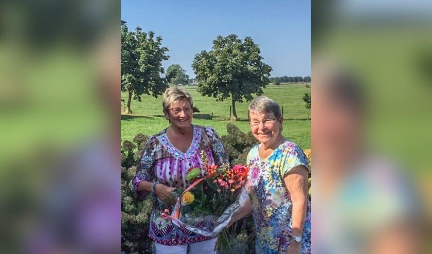 Wilma Aalderink (l.) en Tineke Oostland. Foto: Dikkie Garritsen