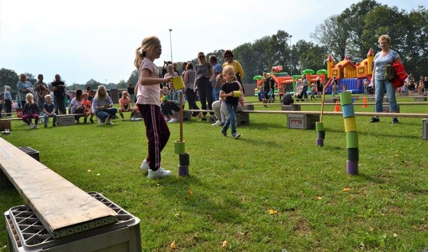Kinderen in actie op de Kinderspelen. Foto Karin Stronks