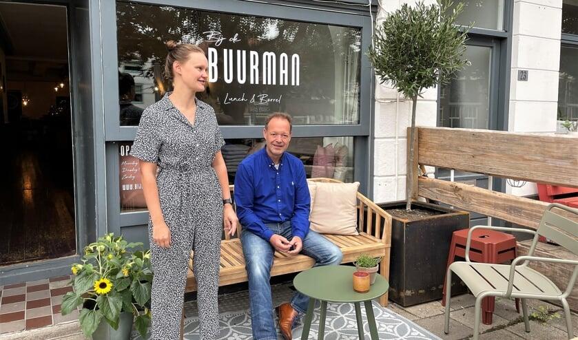 Liselotte en Ron Buurman zijn gestart met café Bij de Buurman. Foto: Henri Bruntink
