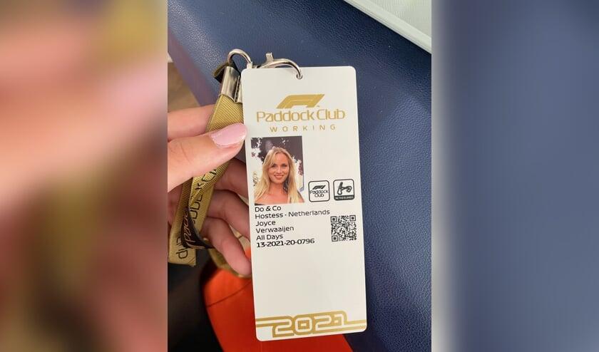 <p>Joyce Verwaaijen was hostess tijdens de Grand Prix Zandvoort 2021. Eigen foto</p>