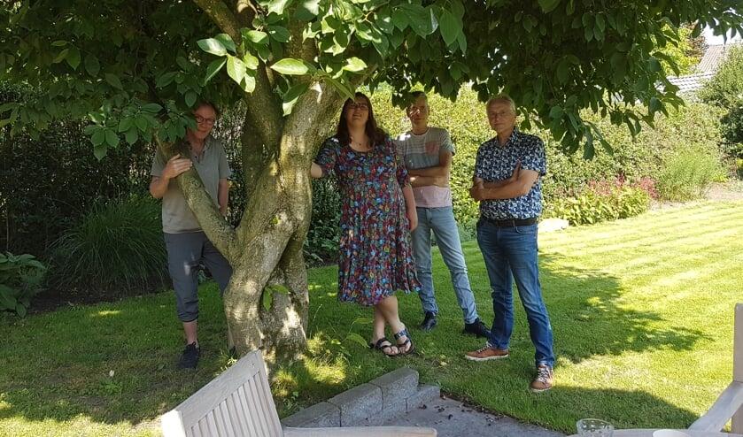 <p>Vlnr. Henk Beunk, Barbara Pavinati, Mark Ebbers en Joop Koopmanschap. Foto: Herma Beunk</p>