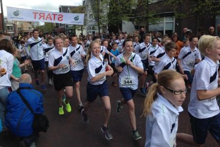 Op zondag 19 april is de start en finish van de MaalwaterRun&Walk voor de tweede keer op het Stationsplein in Heiloo.