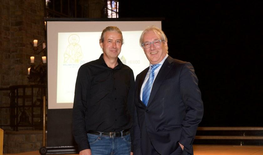 Drs. René de Kam en burgemeester Hans Romeyn in de Cultuurkoepel bij aanvang van de eerste jaarlijkse Landgoed Willibrordus Lezing