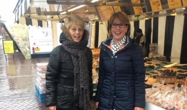 De zusjes Bicker op de markt