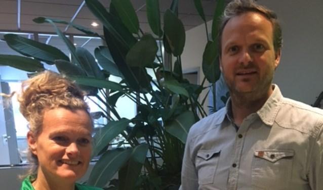 Stichting Kees ontvangt cheque van garage Zander