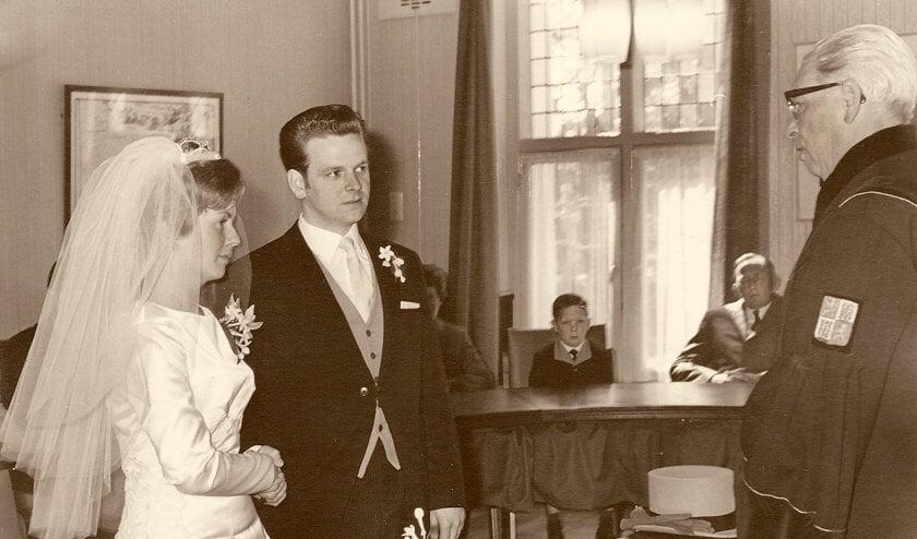 Riekie Dam en Piet Willemse trouwden op 16 mei 1967, de dag waarop Oud-Castricum werd opgericht
